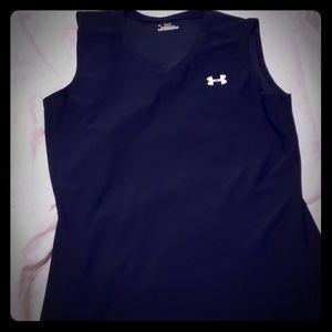 Under armour black sleevless workout shirt